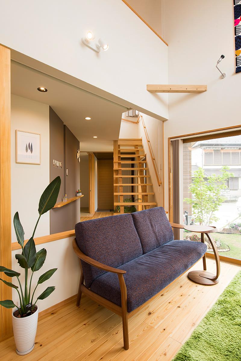 家具やインテリア、グリーンにもセンスが光る