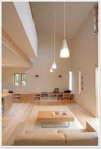 全館空調の吹き抜けのあるリビングの建築実例