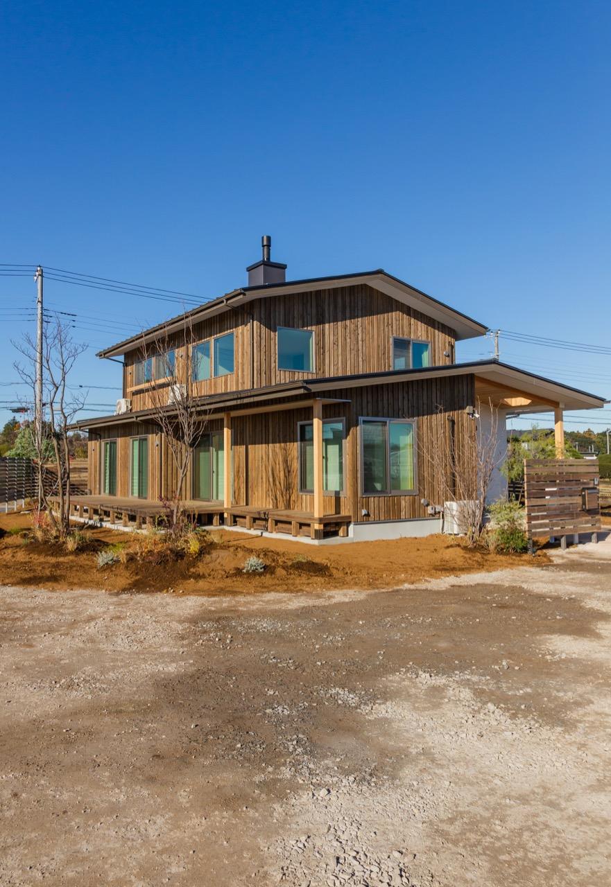 自然と暮らす薪ストーブのある家