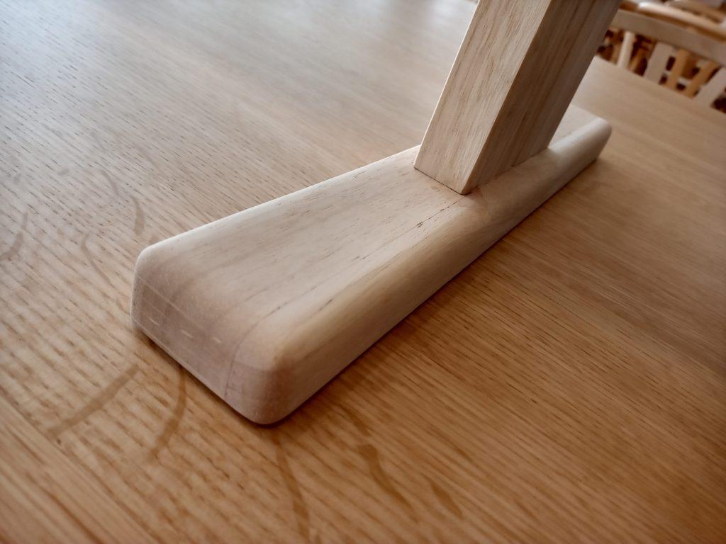 アクリル板の足